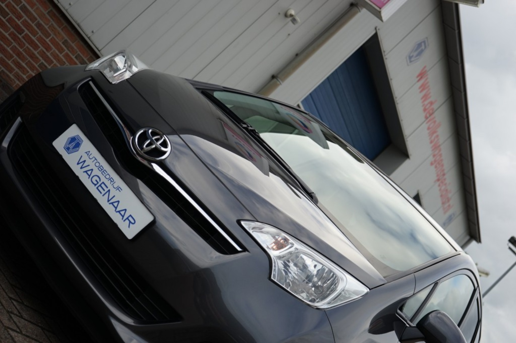 Toyota-Verso-s-3