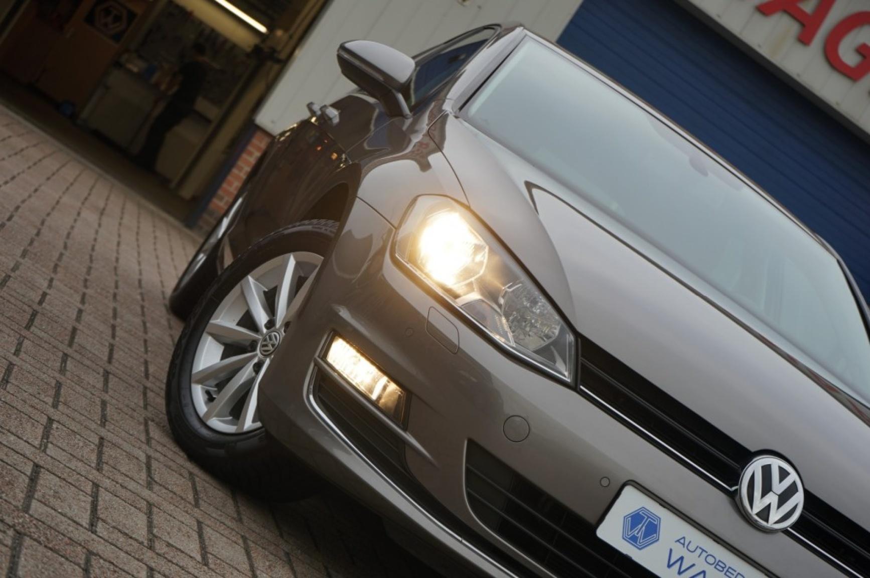 Volkswagen-Golf-47