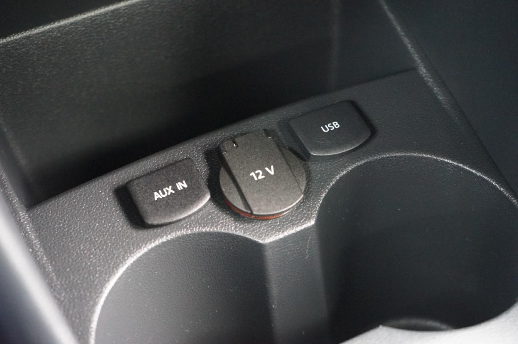 Volkswagen-Polo-30